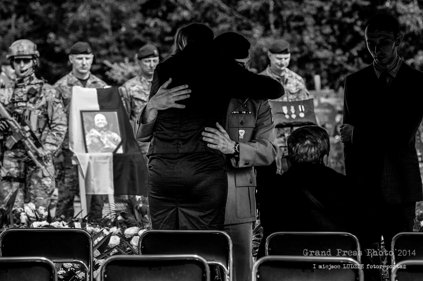 Nagroda Grand Press Photo 2014 – I miejsce kat. Ludzie (fotoreportaż)
